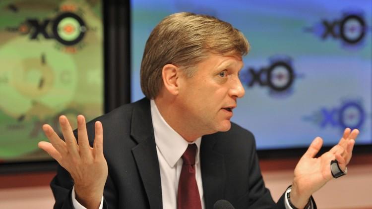 السفير الأمريكي السابق لدى موسكو: RT تحيّر الغرب
