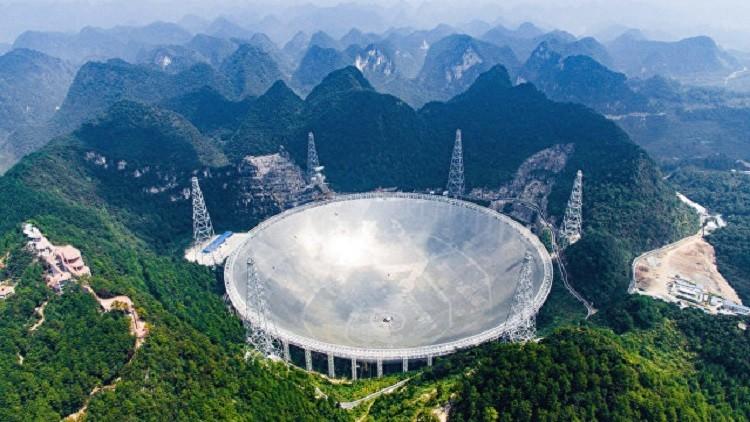 الصين تستخدم أضخم تلسكوب في العالم للبحث عن كائنات على كواكب أخرى