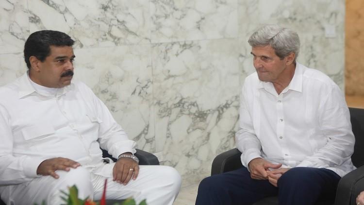 واشنطن تؤكد نيتها تعزيز العلاقات مع كاراكاس