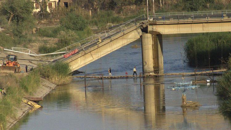 دمشق تدين قصف التحالف لجسرين في دير الزور