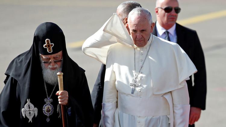 بابا الفاتيكان يدعو من تبيليسي إلى التعايش بين شعوب القوقاز