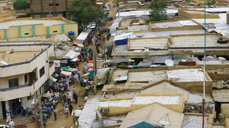مشهد لسوق في دارفور