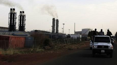 السودان يدعو موسكو للاستثمار في قطاع الطاقة