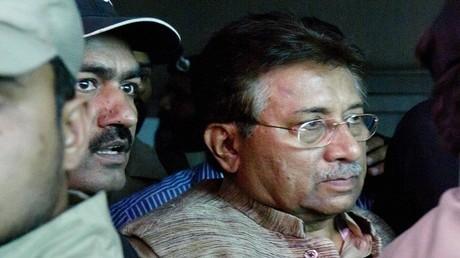 القضاء الباكستاني يأمر بمصادرة ممتلكات مشرف