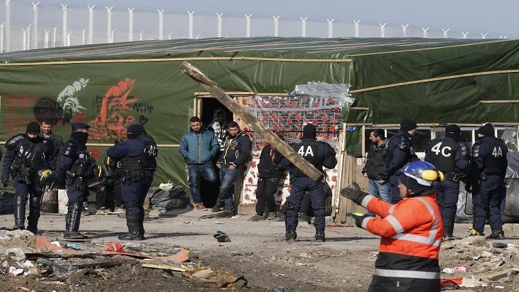 صدامات بين الأمن الفرنسي ونشطاء في مخيم