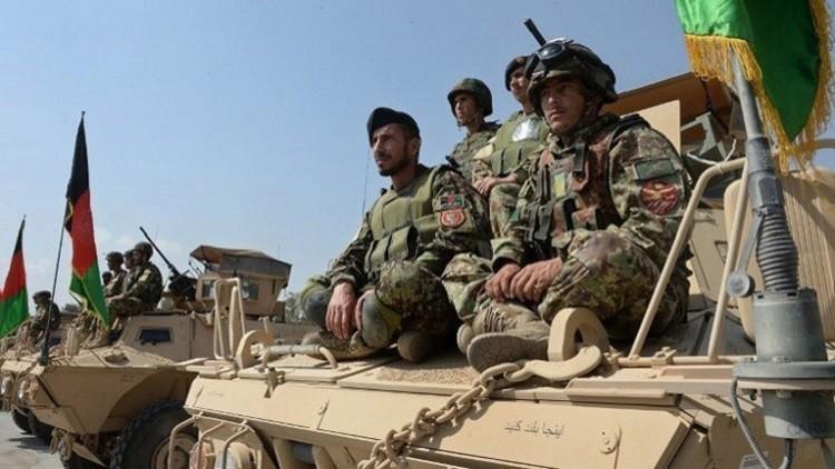 مقتل 5 جنود وشرطي