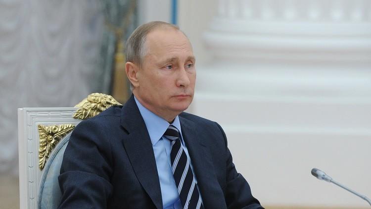 بوتين يبحث التعاون الاقتصادي مع نزارباييف