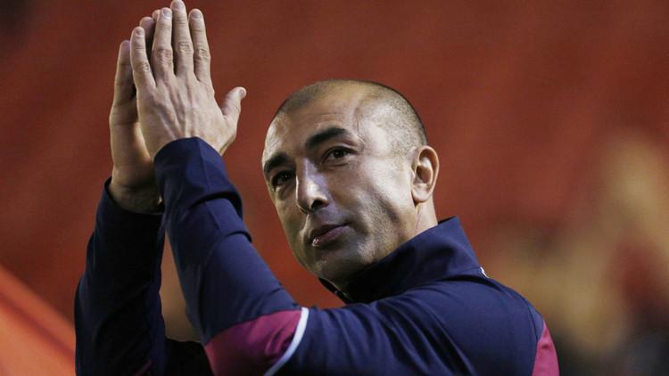 أستون فيلا يقيل مدربه الإيطالي دي ماتيو