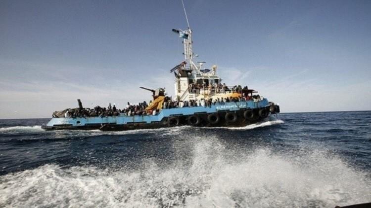 انتشال 22 جثة على متن مركب قبالة سواحل ليبيا