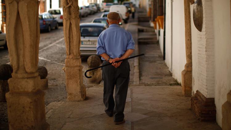 العلماء يكشفون عن الحد الأقصى لعمر الأنسان