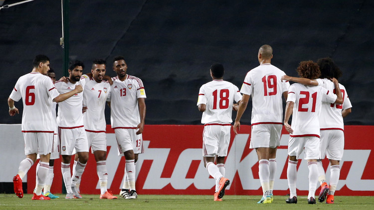 الأبيض الإماراتي يجهز على ضيفه التايلاندي
