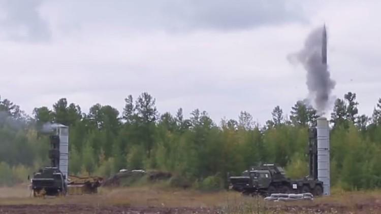فيديو: صاروخ إس-400 يدمر هدفا على ارتفاع 45 كم