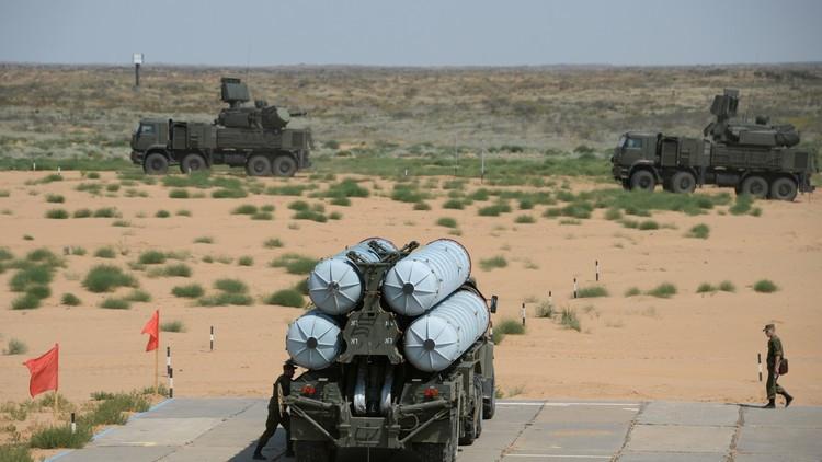 برلماني روسي يذكر الولايات المتحدة بالصواريخ الروسية في فيتنام