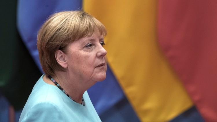 ميركل: الألمان يثقون بروسيا أكثر من أمريكا!