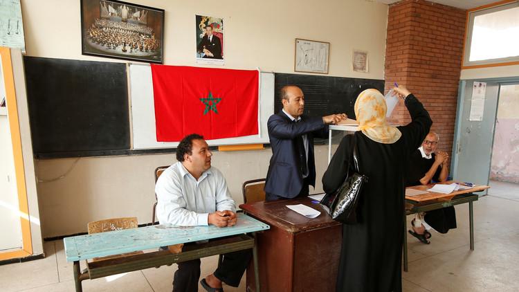 حزب العدالة والتنمية يتصدر في الانتخابات البرلمانية في المغرب بـ125 مقعدا