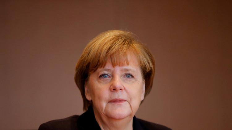 الألمان يفضلون إبقاء ميركل في رئاسة الحكومة