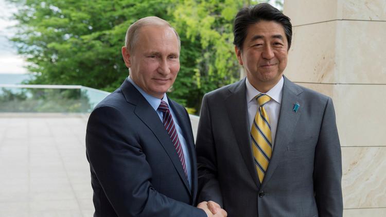 طوكيو واثقة من إيجاد طريق صحيح في التفاوض مع موسكو