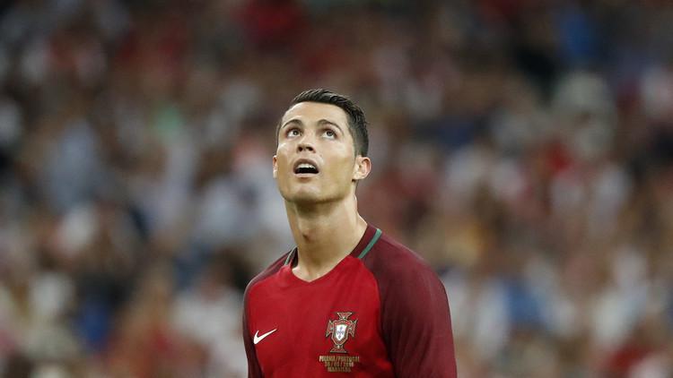 جائزة الكرة الذهبية 2016.. رونالدو يؤكد أنه