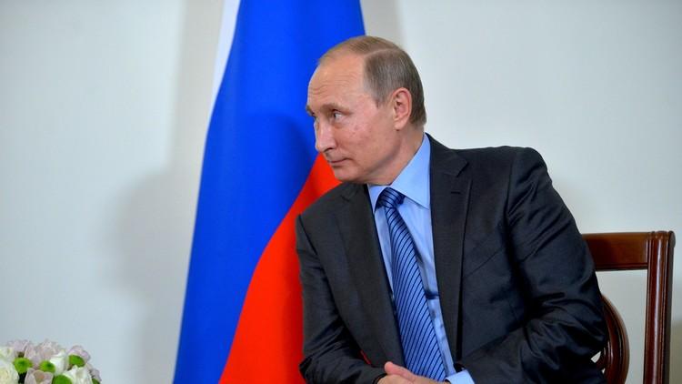 بوتين: على واشنطن وباريس التحرك بحذر شديد في الموصل