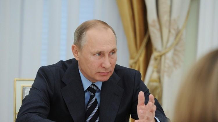 بوتين: فليخسأ من  فرضوا العقوبات ضدنا