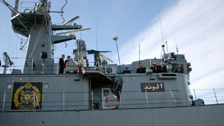 البحرية الإيرانية تتصدى لهجمات قراصنة بخليج عدن