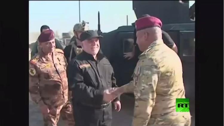 العبادي يزور القطعات العسكرية قرب الموصل