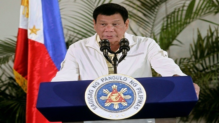 رئيس الفلبين يشيد بالصين ويقطع علاقته بأمريكا