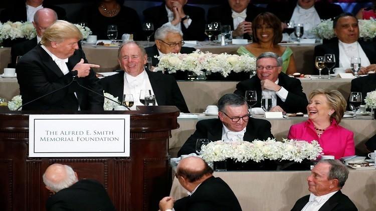 كلينتون وترامب يتشفيان من بعضهما بالمزاح!