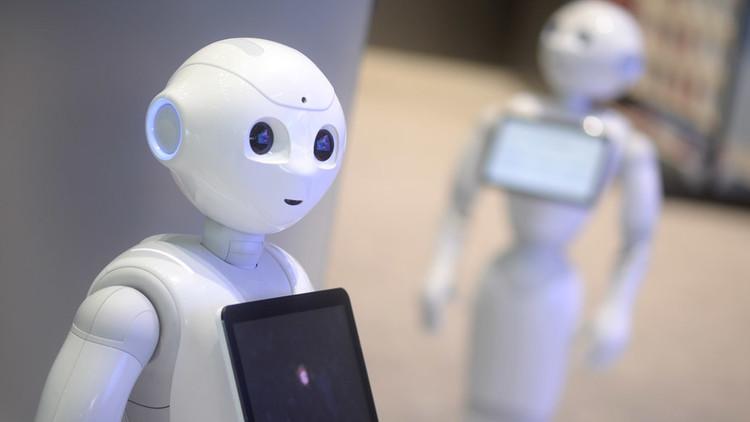 ستيفن هوكينغ: الذكاء الاصطناعي أسوأ ما حدث للبشرية