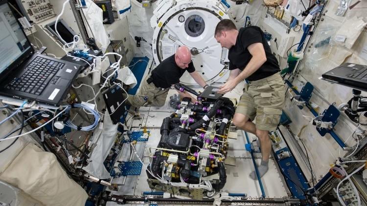 استخراج الماء من البول على متن محطة الفضاء الدولية
