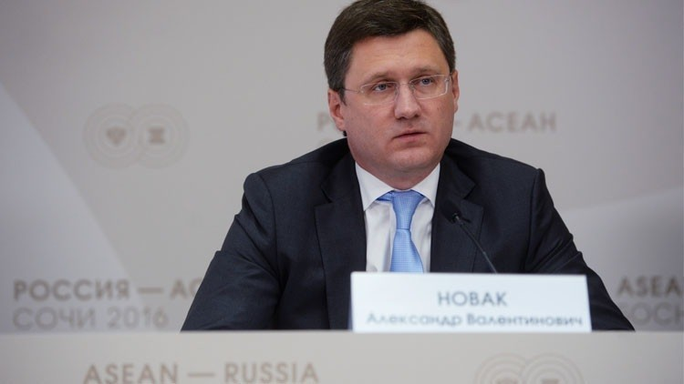 موسكو واثقة من تثبيت إنتاج النفط