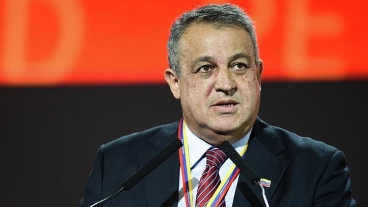 كاراكاس وموسكو تبحثان تجميد إنتاج النفط