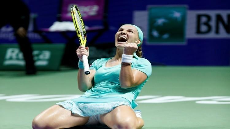 كوزنيتسوفا تواصل التألق وتتأهل لنصف نهائي البطولة الختامية للتنس