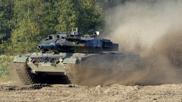 برلين ترسل دبابات إلى كتيبة للناتو عند الحدود الروسية