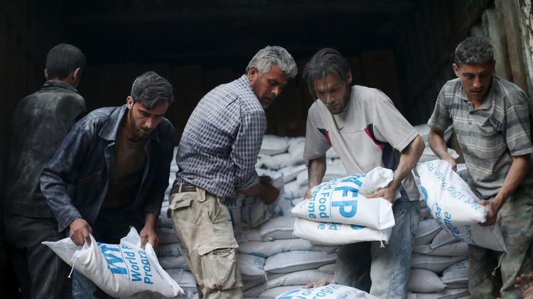 الأمم المتحدة تلقي 2500 طن مساعدات على دير الزور