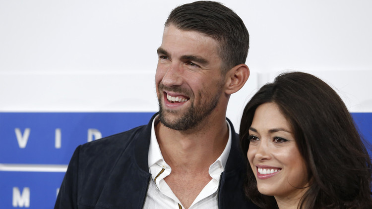 صحيفة: فيلبس تزوج سرا ملكة جمال كاليفورنيا قبل أولمبياد ريو