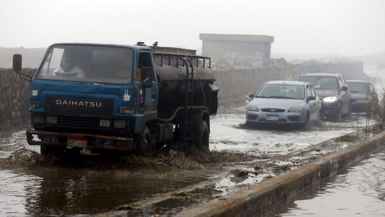 مصر.. عشرات القتلى والجرحى بسبب السيول