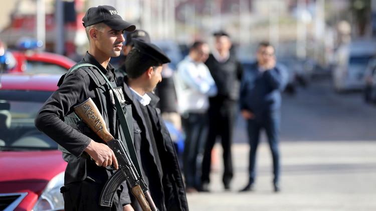 مصرع شخص وإصابة آخر بانفجار عبوة بالقاهرة