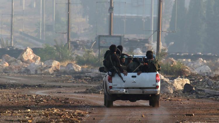 الجيش السوري يتقدم في ريفي حماه ودمشق ويتراجع أمام النصرة في غرب حلب