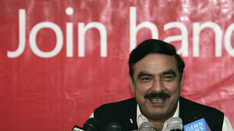استقالة وزير باكستاني عقب تسريب معلومات سرية