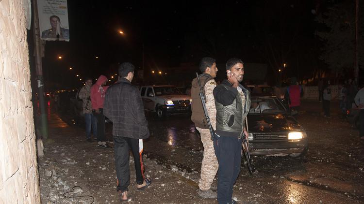 قتلى وجرحى بانفجار سيارة وسط بنغازي