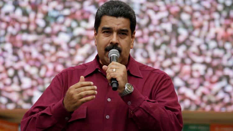 رئيس فنزويلا يتغيب عن القمة الإيبيرية الأمريكية
