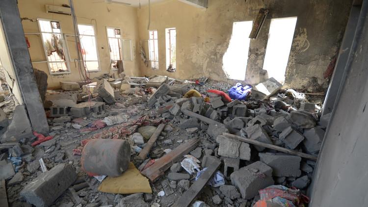 أكثر من 60 قتيلا بغارات للتحالف على سجن في الحديدة غربي اليمن