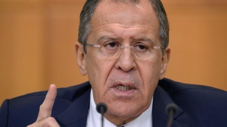 لافروف يصف سلوك الغرب بشأن سوريا بالهستيريا
