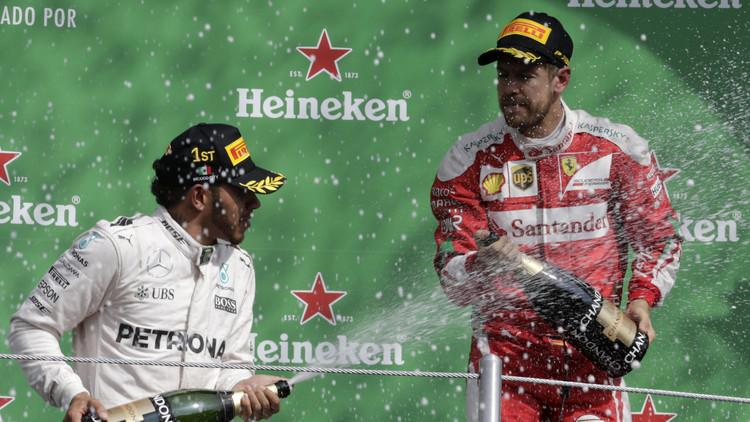 فيتل يشرب الشامبانيا بدلا من ريكياردو الثالث في سباق المكسيك