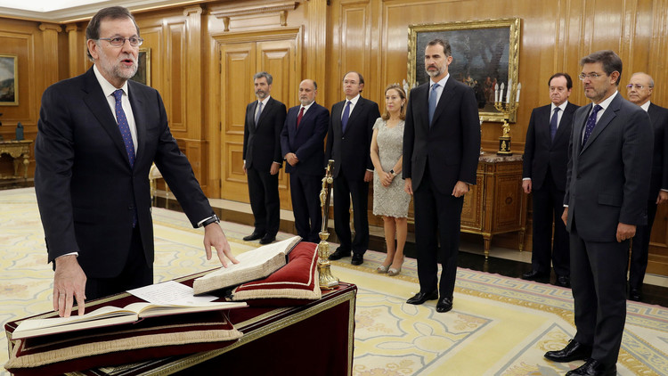 راخوي يؤدي اليمين رئيسا لوزراء إسبانيا