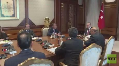 كارتر: بغداد وأنقرة توصـلتا إلى اتفاق بشأن عملية استعادة الموصل