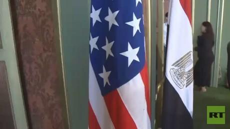 واشنطن تجمد حزمة مساعدات للقاهرة