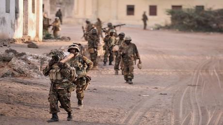 جنود من بعثة الاتحاد الإفريقي في الصومال