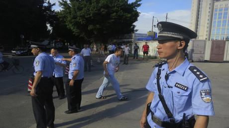 عناصر من الشرطة الصينية (صورة من الأرشيف)